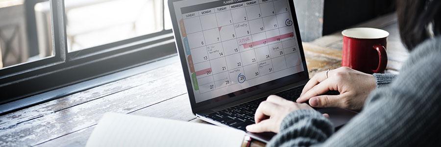 Calendar on a laptop